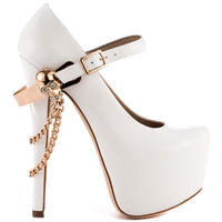 Extra 25% offSelect Sale Shoes @ Heels