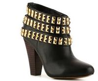 Up to 40% OFFBlack and Gold Shoes @ DSW