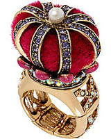 Up to 30% offsale items @ Betsey Johnson