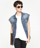 Additional 10% OffJeans & Tops @ The Dreslyn