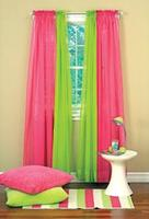 $6.99Select curtains @ Boscovs