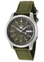 $42.92 Seiko Men's Seiko 5 Automatic Green Canvas Strap Watch SNK805