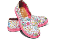 Up to 25% offSelect Shoes and Accessories @ TOMS