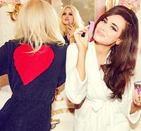 Extra 15% OffYour Order of $100 or More + Free Shipping at Betsey Johnson