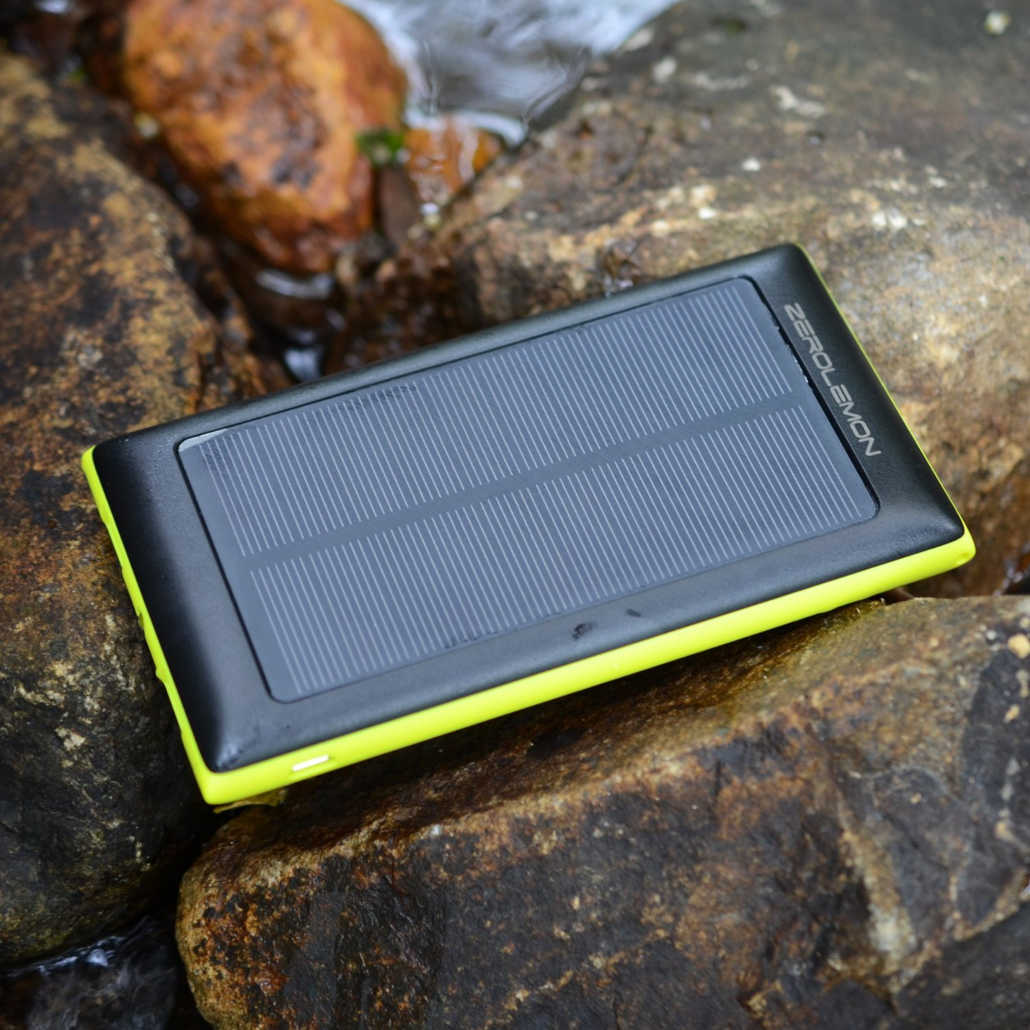 ZeroLemon SolarJuice Solar Charger 10000mAh External Battery Portable Dual USB Charger Power Bank