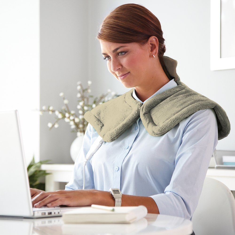 $26.24 Sunbeam 885-911 Renue Heat Therapy Neck and Shoulder Wrap