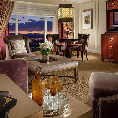 Limited Time Offer!  10% Off  Luxury Suite @ The Venetian and The Palazzo Las Vegas
