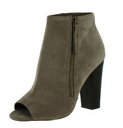 $24.99All Steve Madden Ladies' Shoes @ Street Moda, Dealmoon Exclusive