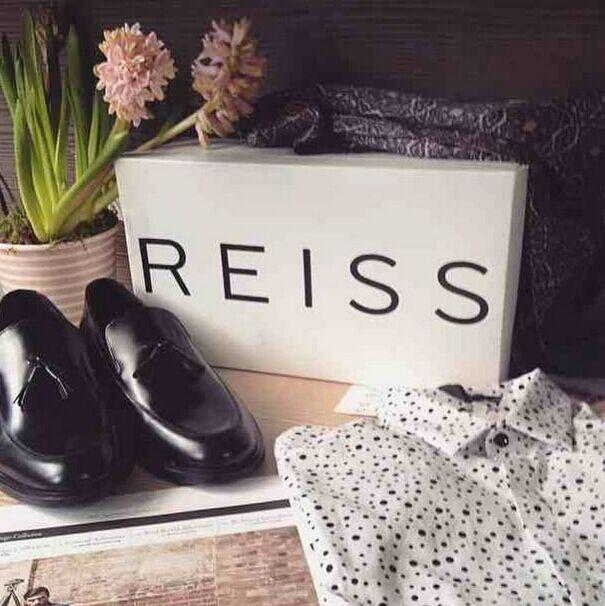 Up to 50% Off  Summer Sale @ Reiss