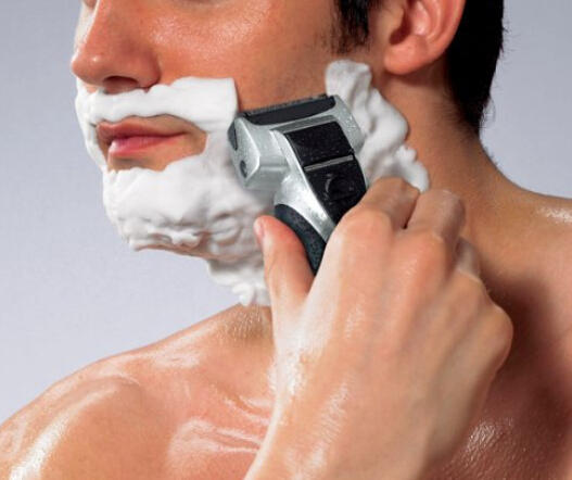 Panasonic ES-RT51-S 3 Blade Electric Razor Wet/Dry with Flexible Pivoting Head for Men
