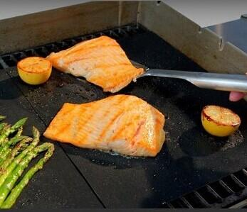 $7.99 Ouddy BBQ Grill Mat Barbecue Grill Mat (Set of 2)