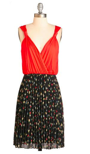 15% OffAll Dresses for Orders of $100+ @ ModCloth.com