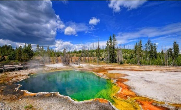 From $1369 Flying between beijing and LA to Yellowstone National Park 9 Day Tour @iTuxing