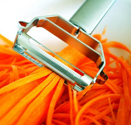 $8.45 Itali Passio® - Deluxe Stainless Steel Dual Julienne Peeler & Vegetable Peeler
