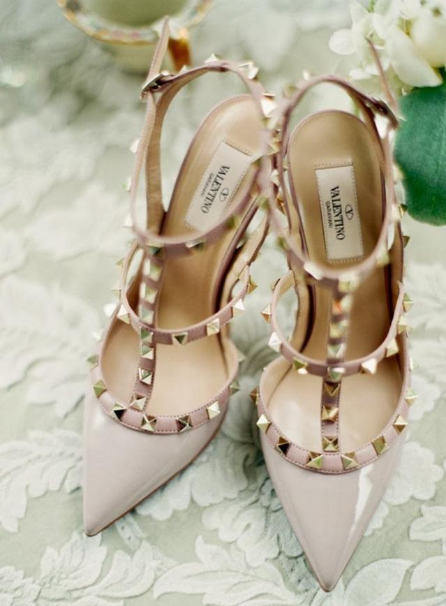 Up to 55% Off  Valentino Designer Shoes & Bags on Sale @ Gilt