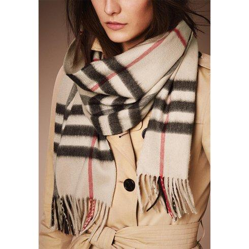 $298.99 + Free Shipping Burberry Heri...