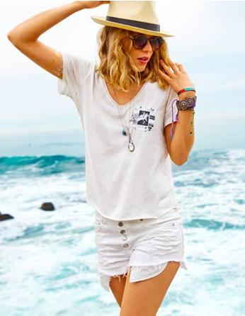 the AEO Collection + Free Shipping  @ American Eagle