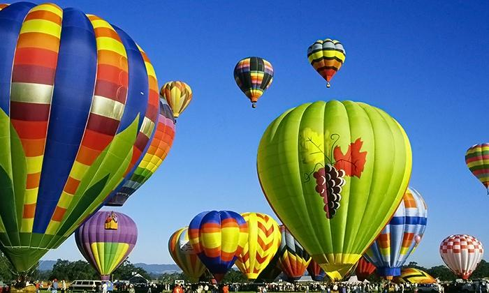 $136.8 Balloon Flight with Champagne - Wine Country Balloons