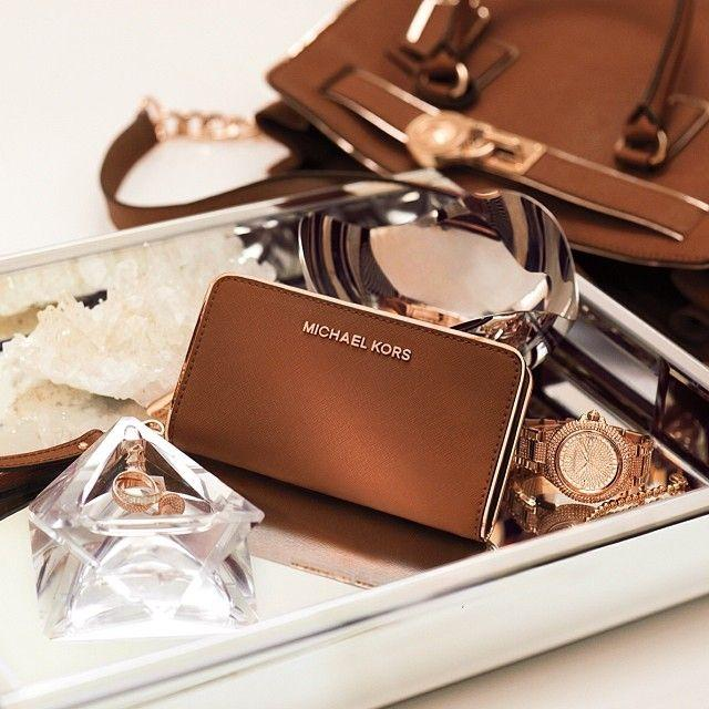 Up to 60% Off Michael Kors Accessories @Groupon
