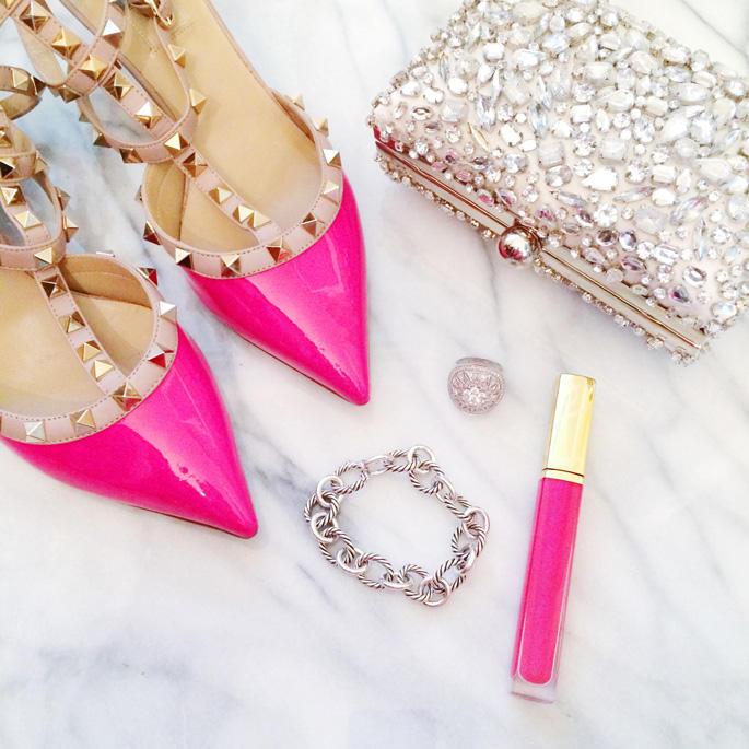 Up to 60% Off +Extra 10% Off Designer Shoes & Handbags @ Bluefly
