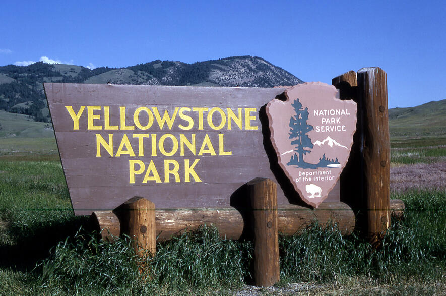 Low Price Guaranteed! Special Offer from $99! Yellowstone 7 Days Tour Package Sale @ Woqu.com (Tencent's Strategic Partner)