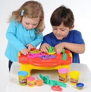 $13 Play-Doh Create N Store Creation Station Kit