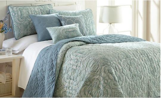 Up to 75% Off Select Bedding, Decor, Kitchen Items, and more @ Groupon