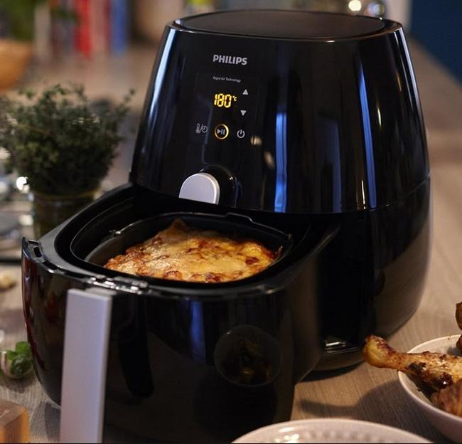 Philips AirFryer with Rapid Air Technology Factory Refurbished
