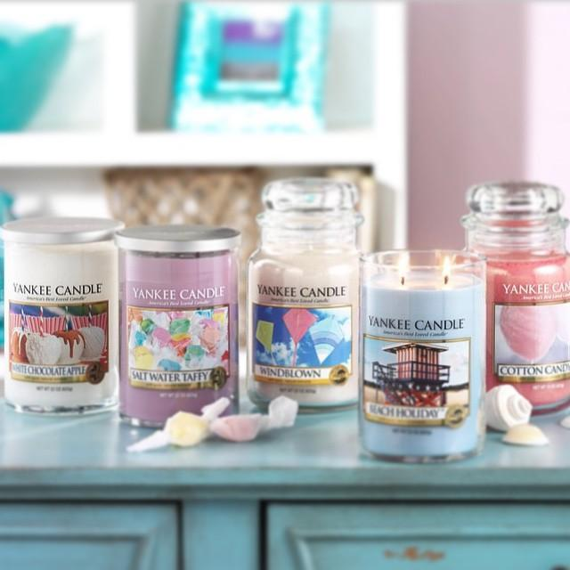 4 for $44 Mix and Match Select Large Candles @ Yankee Candle