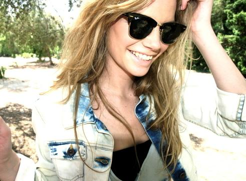 20% Off     Ray-Ban Sunglasses @ Nordstrom