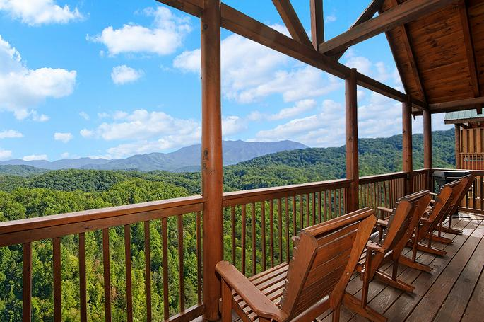 $199Two-Night Stay in the Rustic Honeymoon Cabin (Smoky Mountains) @ Livingsocial
