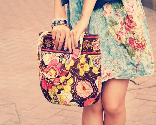 Up to 70% Off Vera Bradley Bags and Accessories @6PM.com