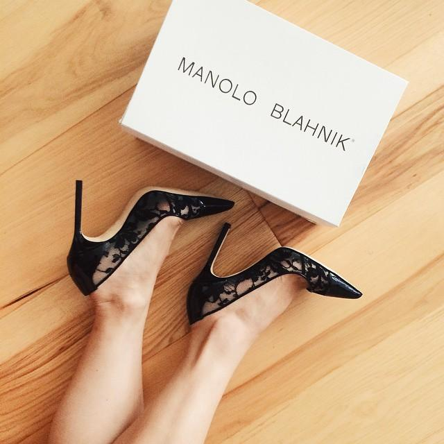 Extra 35% Off Select Manolo Blahnik Shoes @ Neiman Marcus