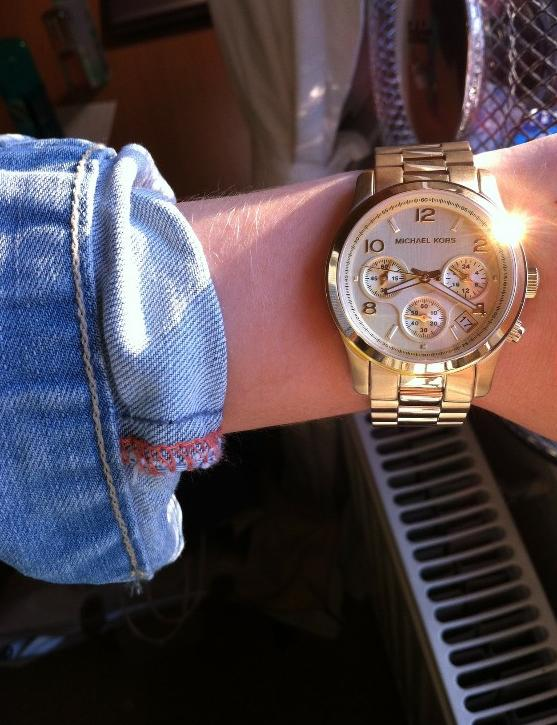 Up to 44% Off + Extra 10% OffSelect Michael Kors Watches @ eWatches