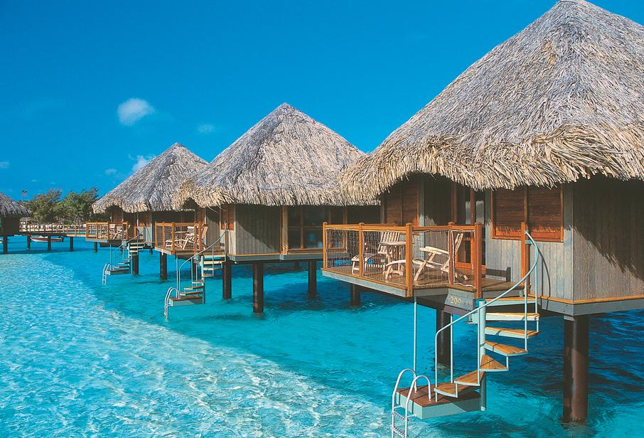 $1248Tahiti 4-Star Beachfront Vacation + Airfare @ Travelzoo