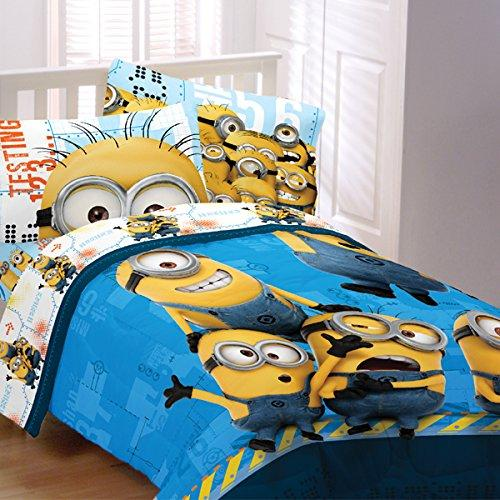 $28.2 Despicable Me Twin Size Comforter