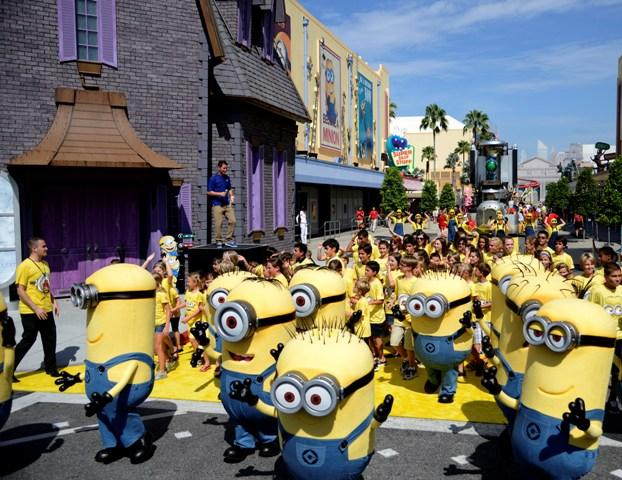 Happy Minions !:From $197 Universal Studio Tour @ Lulutrip