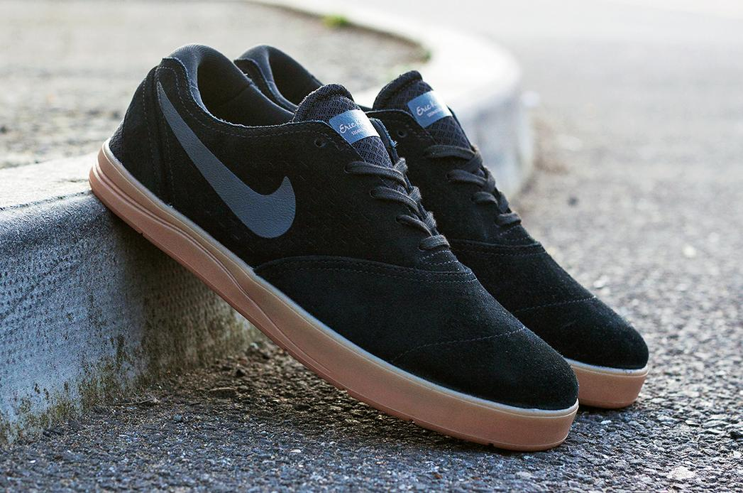 Extra 30% Off + Free Shipping Select Men's Shoes @ PacSun