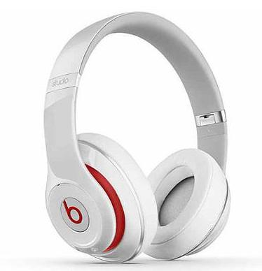 Beats by Dr. Dre Wireless Studio 2.0 Over-the-Ear White Headphones