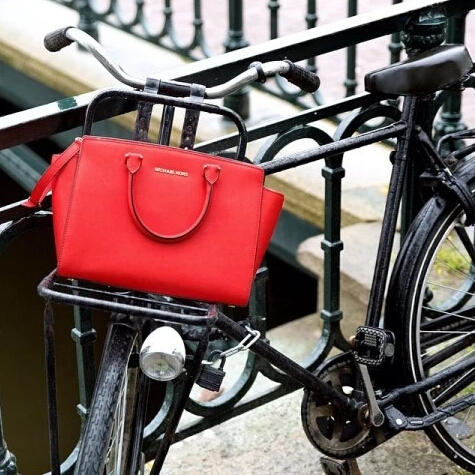 Extra 20% Off Select MICHAEL Michael Kors Red Handbags @ macys.com