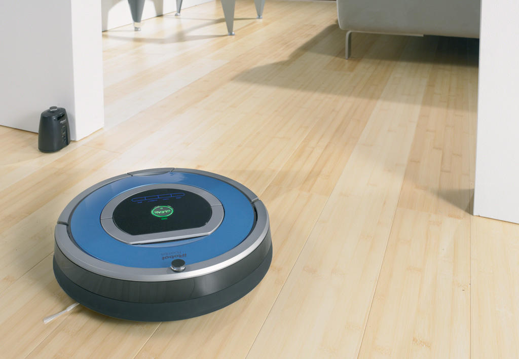 iRobot Roomba 790 Robotic Vacuum for Pets and Allergies