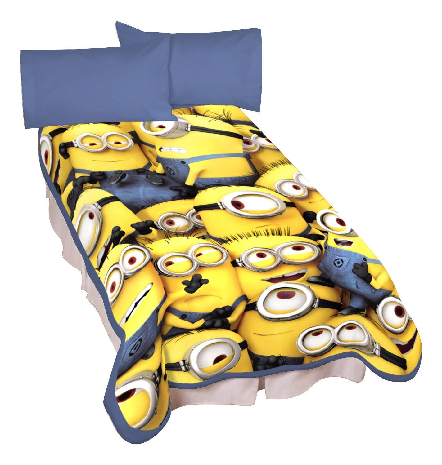 Universal Minions Little Yellow Buddies Microraschel Blanket