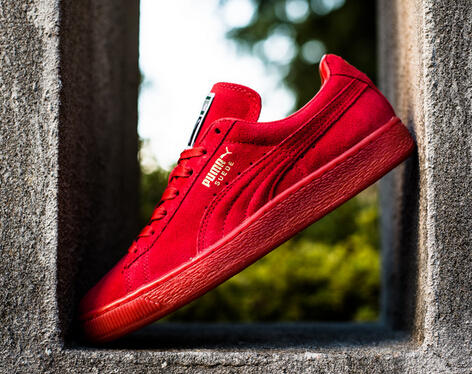 Up to 60% Off Puma Suede Classic Sneaker @ 6PM.com