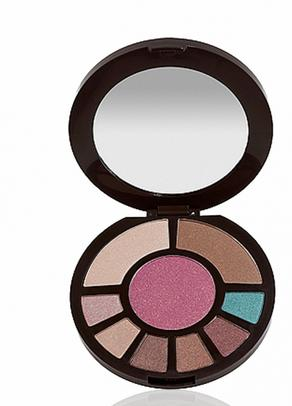 $36 Amazonian clay romancing the glow face palette @ Tarte Cosmetics