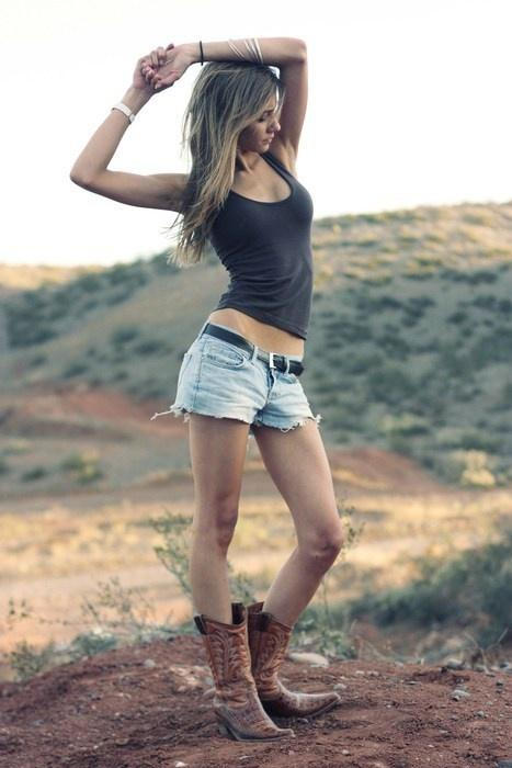 Up To 30% Off  Select Women's Boots @ Country Outfitter