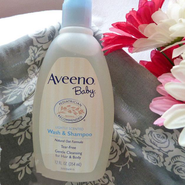 $6.07 Aveeno Baby Wash & Shampoo, Lightly Scented, 8 Ounce (Pack of 2)
