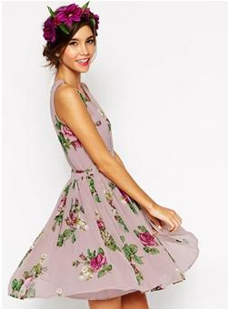 Up to 70% off Floral Dresses @ ASOS