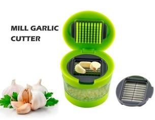 #1 Best Garlic Press Mini Chopper Garlic Mincer Slicer Dicer Grater Miniature Chopper Press for Garlic, Soft Vegetables, Nuts, Foods.