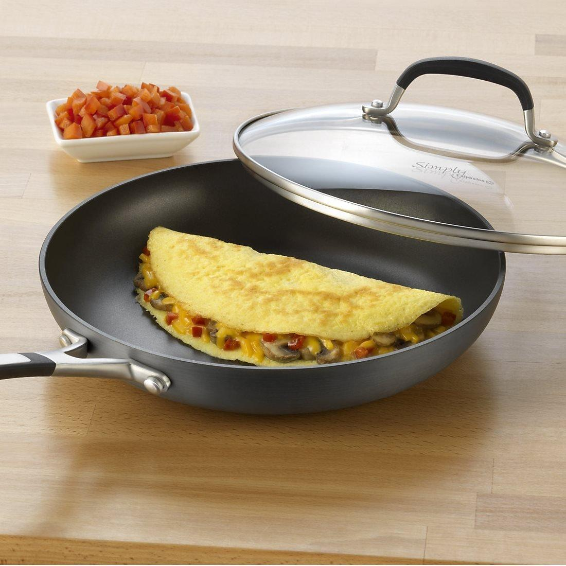 Simply Calphalon Nonstick 10-Inch Covered Omelette Pan