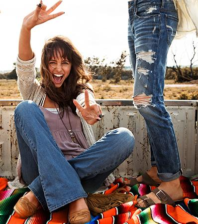 25% Off All AEO Shoes @ American Eagle